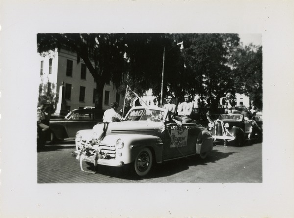 Student Cars in Homecoming Parade