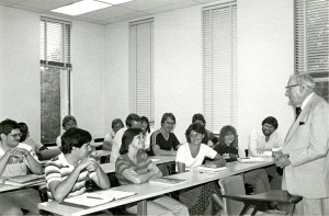 Claude Pepper speaking to a class at FSU (1981)