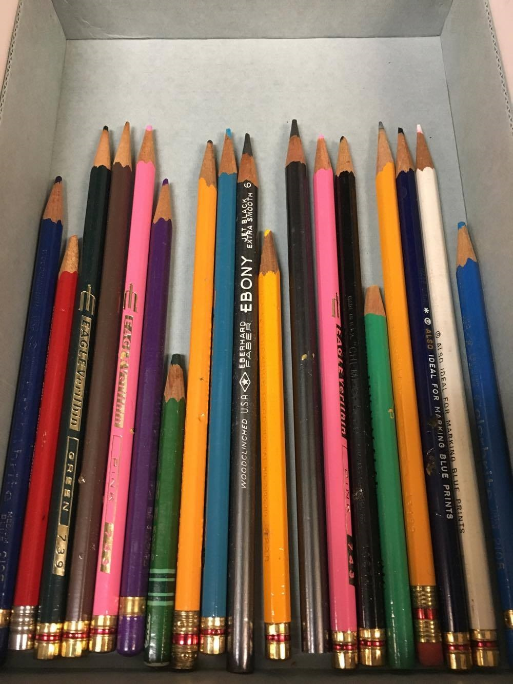 Askew_pencils